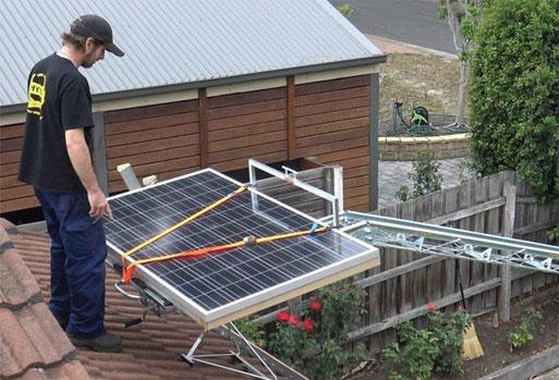 Solar-Panel-Lifter